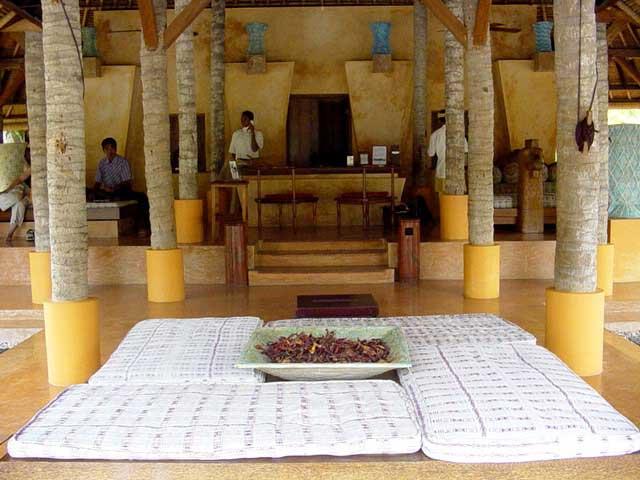 Lombok hotels international five star hotels in lombok for Five star hotels in bali indonesia